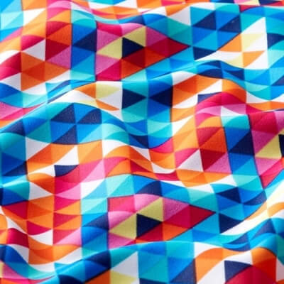 Tissu pour maillot de bain motif triangle coloré