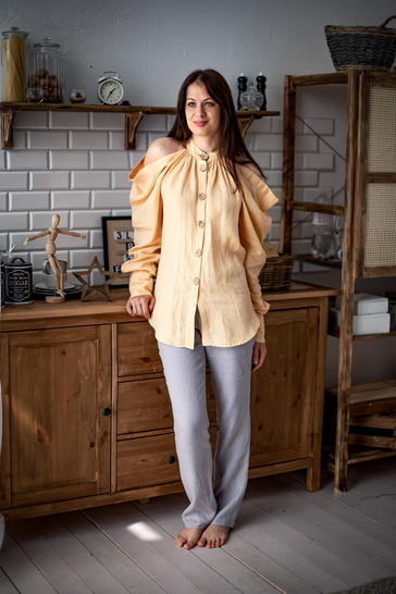 Mary shirt with open shoulders sewing pattern, 34-50 EU