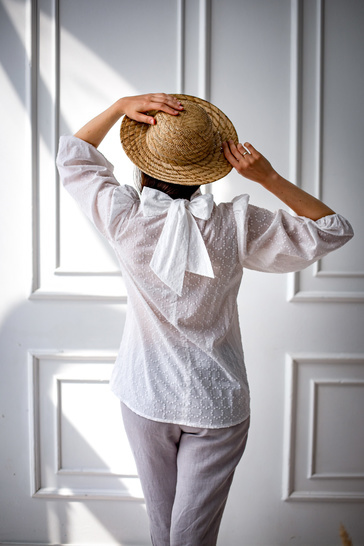 Carrie blouse with a bow sewing pattern, 34-50 EU