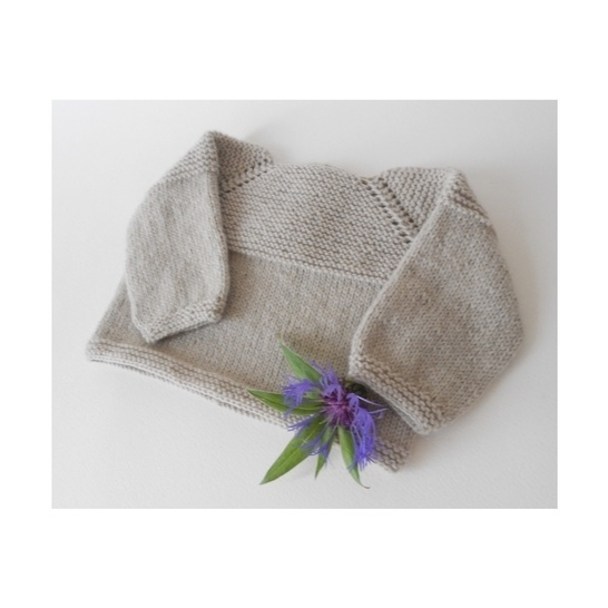 Delicate vest for baby