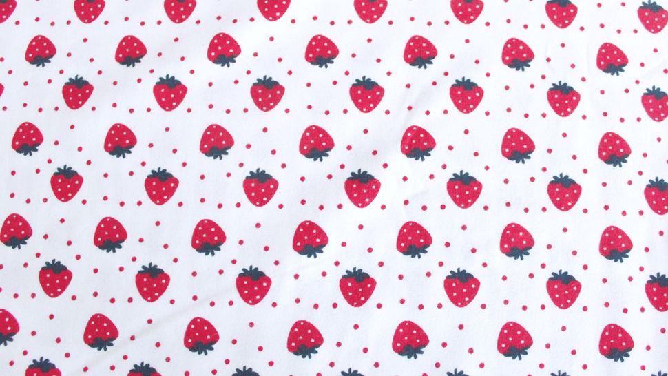 Jersey coton imprimé fraises sur fond blanc Avalana - 162 cm dans la mercerie Makerist - Image 2