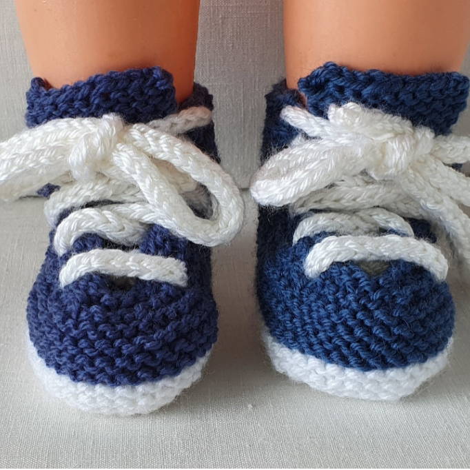 Babies 8ply lace up sneakers - knitting pattern - Michaela