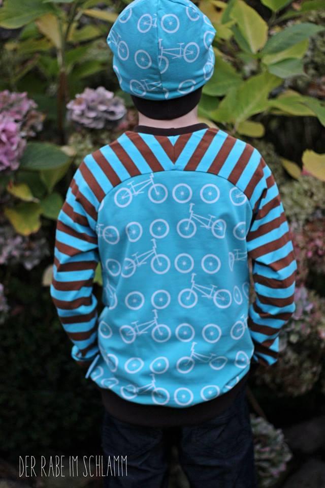 Versatile kids raglan shirt size 104-134