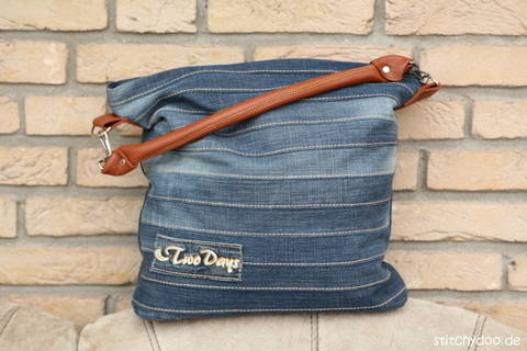 "Jeans upcycling bag ""Chobe"" sewing pattern  at Makerist"