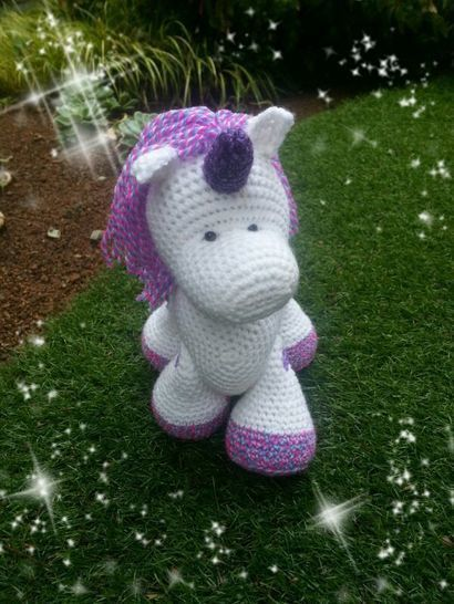 Sparkle, the Unicorn at Makerist - Image 1