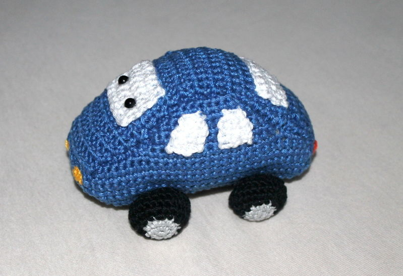 ebook rattle grab toy car bei Makerist - Bild 1