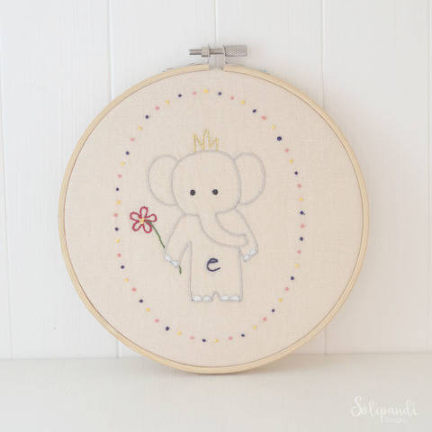 Little Elephant, hand embroidery PDF pattern & instructions at Makerist