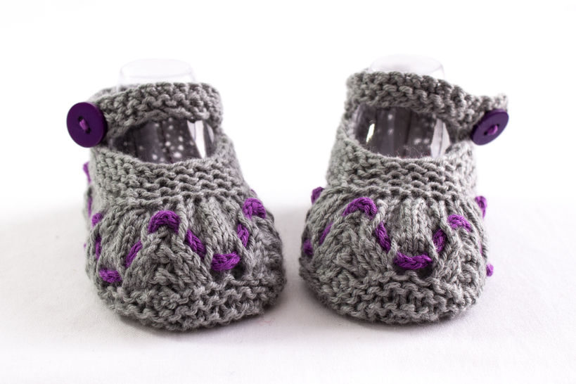 Baby Girl Summer Booties, Knitting Pattern, Baby Girl Shoes Pattern at Makerist - Image 1