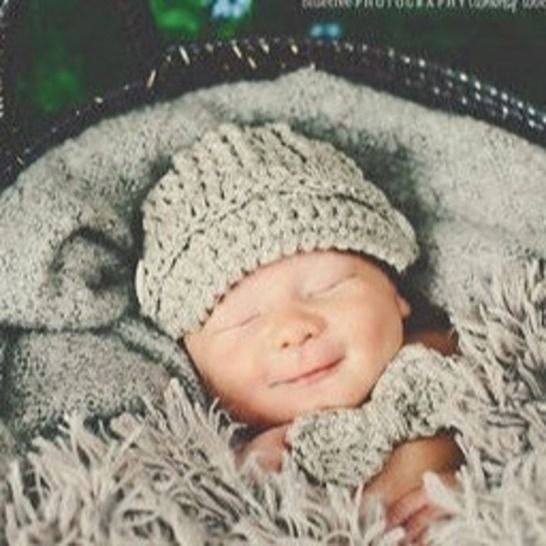 Crochet Pattern Hat MAX NEWSBOY WITH BOWTIE at Makerist - Image 1