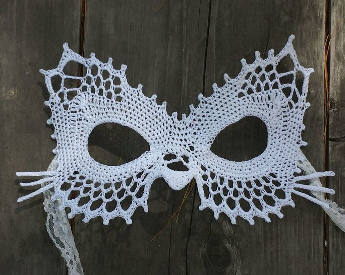 Lace Cat Masquerade Mask (dress up or photo prop)- crochet pattern at Makerist - Image 1