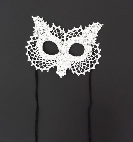 Owl Lace Masquerade Mask (dress up or photo prop)- crochet pattern at Makerist - Image 1
