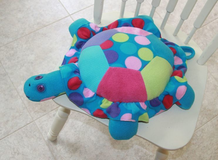 Turtle Pillow Sewing Pattern  at Makerist - Image 1