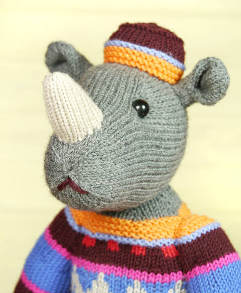 MARVIN THE RHINO knitting pattern at Makerist