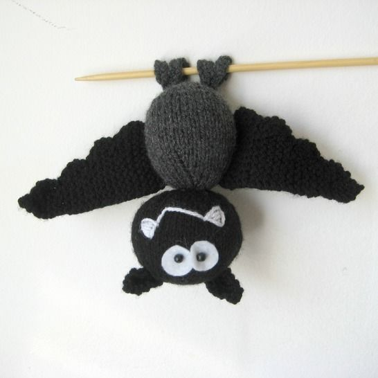 Billy the Bat at Makerist - Image 1