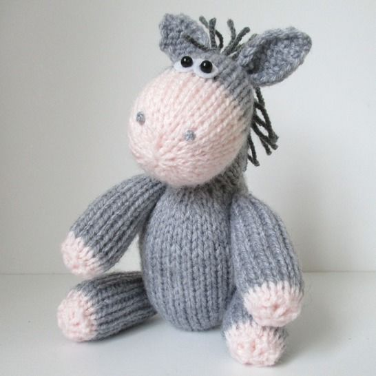 Bobbin the Donkey at Makerist - Image 1
