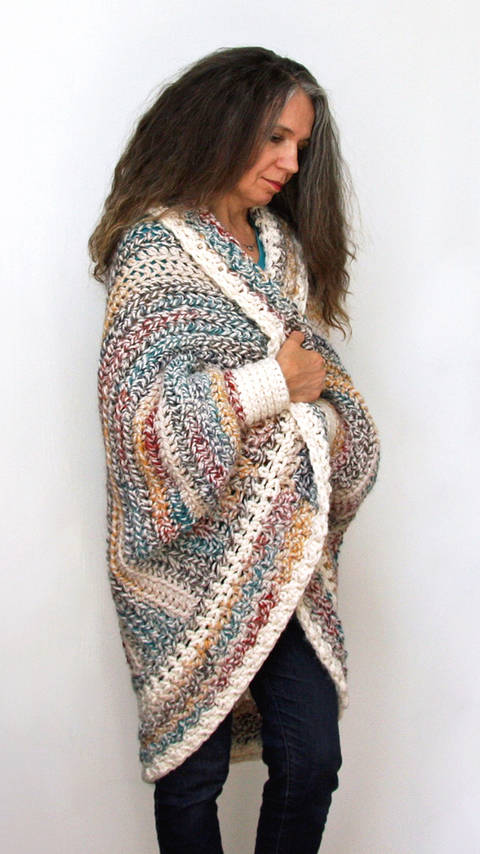 "Crochet Pattern:  ""Luxe Oversized Shrug"" at Makerist"