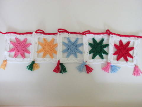 Christmas star bunting - crochet pattern