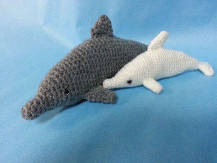 Bottlenose Dolphin Amigurumi Crochet Pattern at Makerist - Image 1