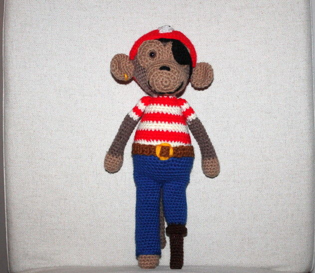 crochet pattern monkey pirat  at Makerist - Image 1