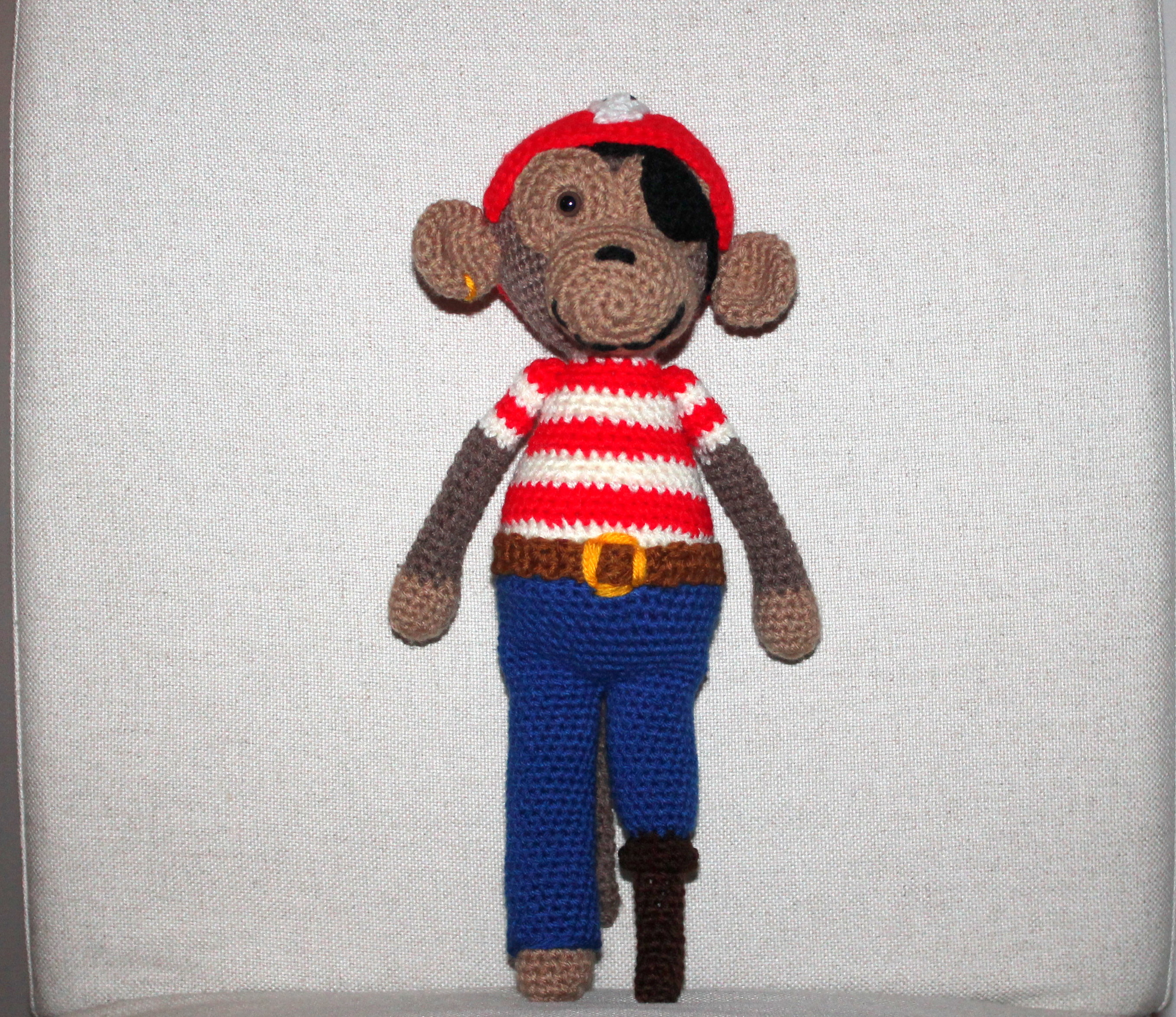 crochet pattern monkey pirat
