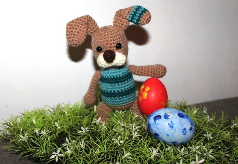 crochet pattern easter bunny striped at Makerist - Image 1