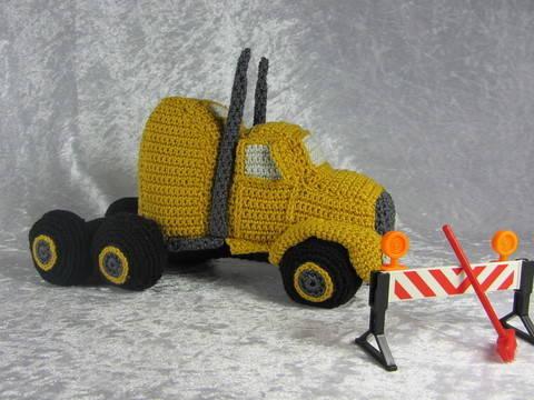 Häkelanleitung LKW Truck bei Makerist