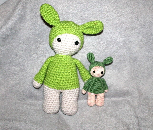Grab toy and doll 2 sizes, 3 different ways crochet pattern at Makerist - Image 1