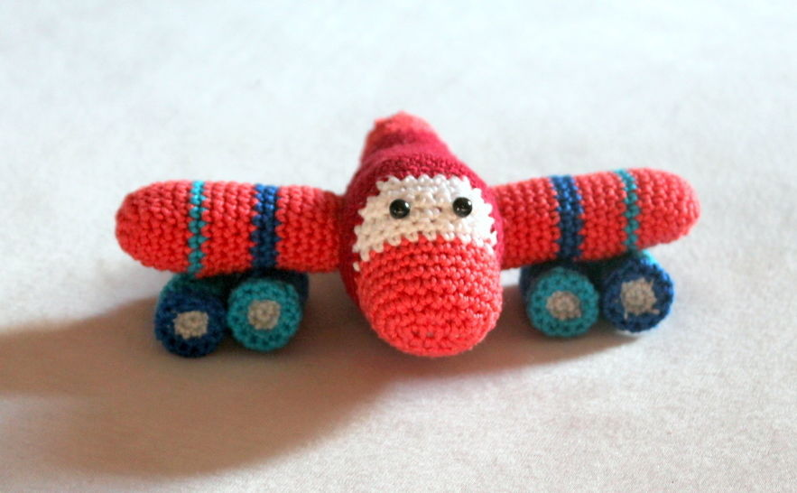 ebook grab toy rattle plane crochet pattern at Makerist - Image 1