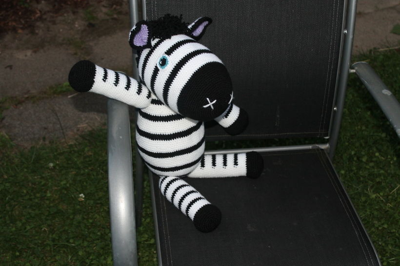 crochet pattern ebook Zed Zebra  at Makerist - Image 1