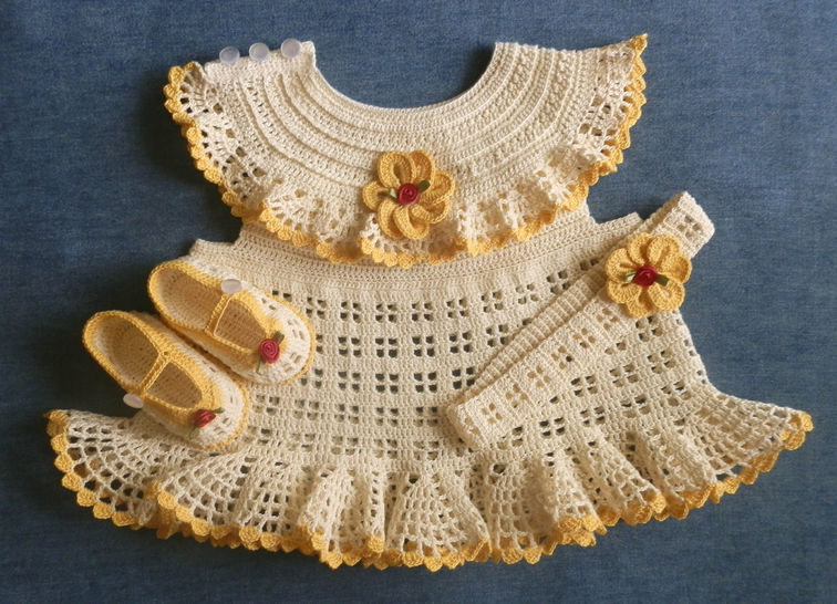 Newborn Dress Shoes and Matching Headband Crochet Pattern at Makerist - Image 1
