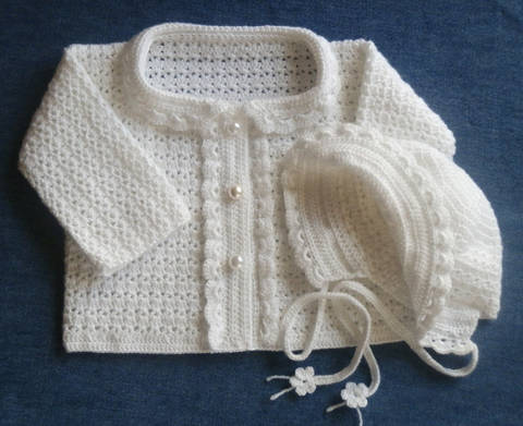 Newborn Special Occasion Sweater and Bonnet Crochet Pattern at Makerist