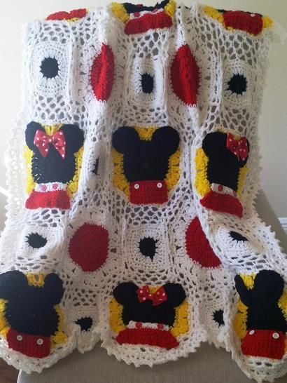 Mickey and Minnie Mouse Inspired Crocheted Baby Blanket pattern at Makerist - Image 1