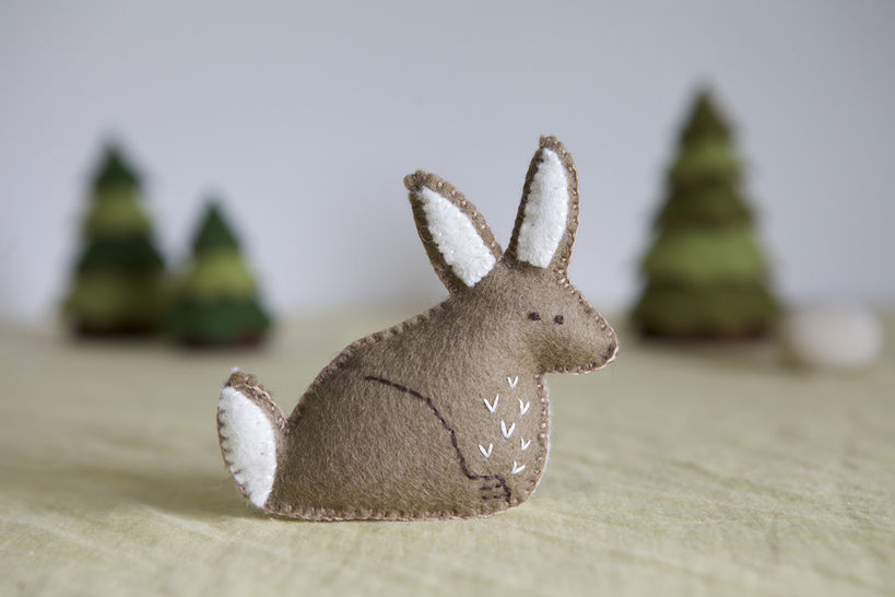 Rossa Rabbit Sewing Pattern – DIY embroidery sewing pattern for bunny softie – Rabbit soft toy tutorial at Makerist - Image 1