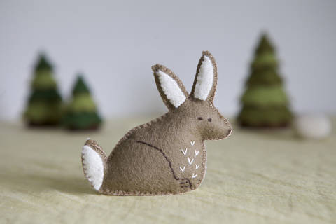Rossa Rabbit Sewing Pattern – DIY embroidery sewing pattern for bunny softie – Rabbit soft toy tutorial at Makerist