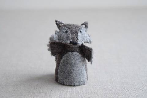 The Wolf - Finger Puppet Sewing Pattern - DIY Mini plushie pattern for felt Wolf from Red Riding Hood Soft Toy at Makerist