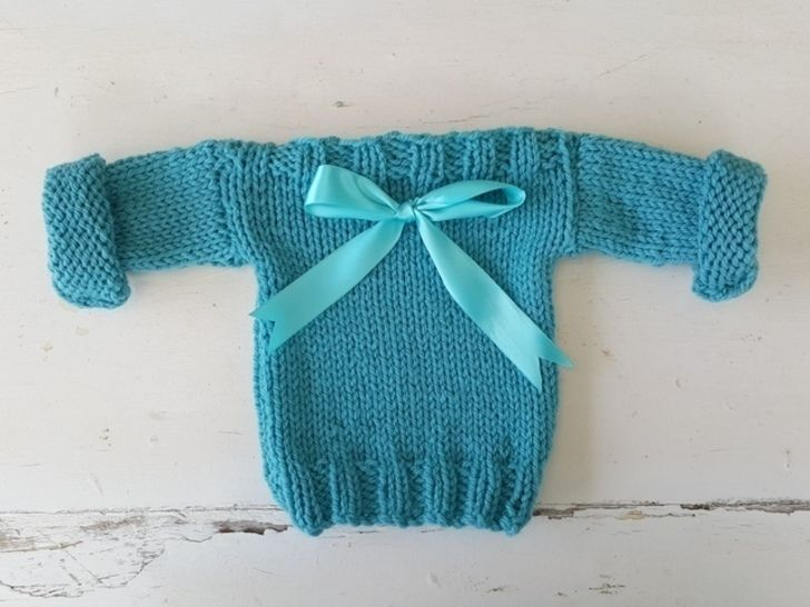 Easy Baby Sweatshirt Pullover at Makerist - Image 1