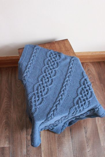 KP328 Aran baby blanket afghan Baby Knitting Pattern #328 at Makerist - Image 1