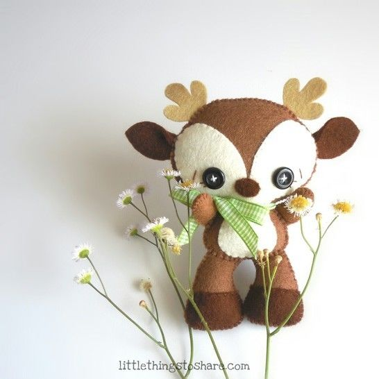 Brown Deer pattern, DIY, Nursery decor, deer toy at Makerist - Image 1