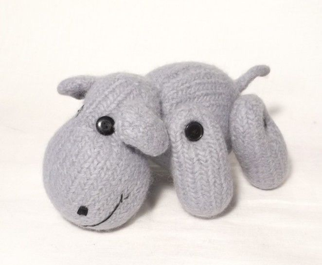Happy Hippo Toy Knitting pattern at Makerist - Image 1