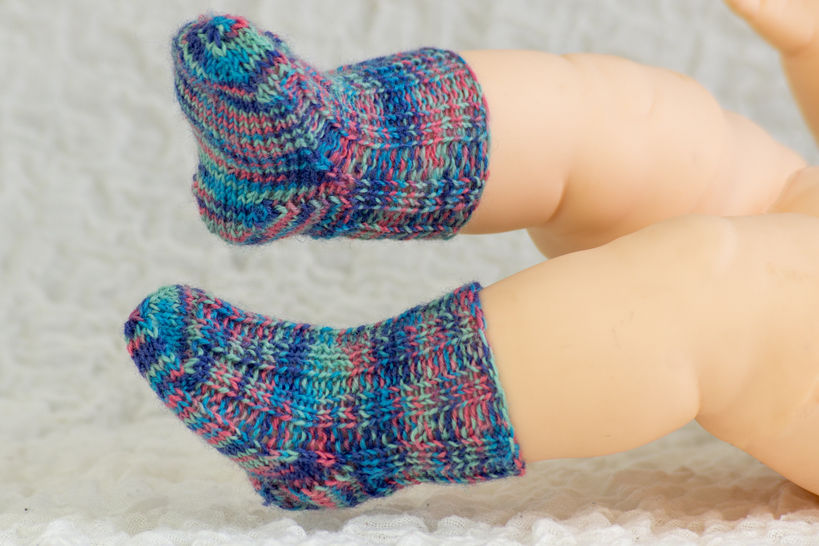 Knitting pattern - Sock pattern - Baby Sock Knitting Pattern - Newborn Socks Knitting Pattern                         at Makerist - Image 1