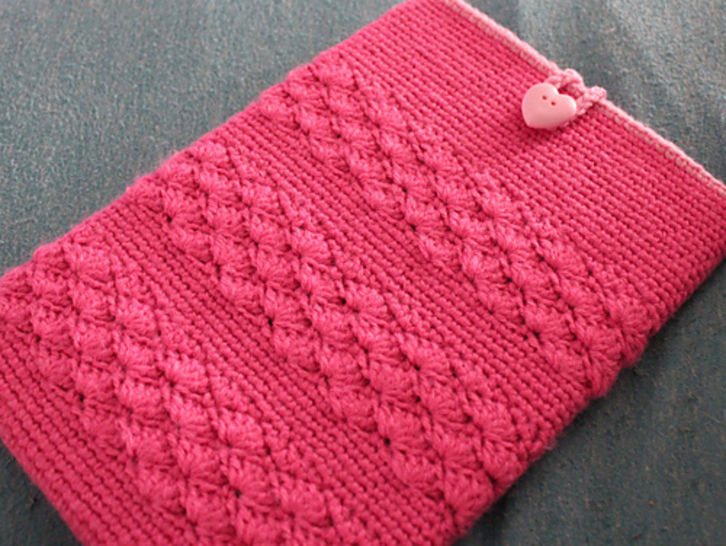 Shell Stripe Tablet Cozy - Crochet at Makerist - Image 1