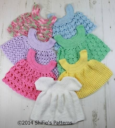 CP20 Baby Dress and 6 Aprons Baby Crochet Pattern #20 at Makerist
