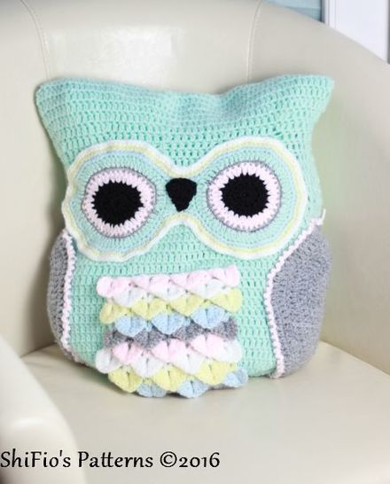 CP235 Owl Cushion / Pillow Owl Pyjama Case Crochet Pattern #235 at Makerist - Image 1