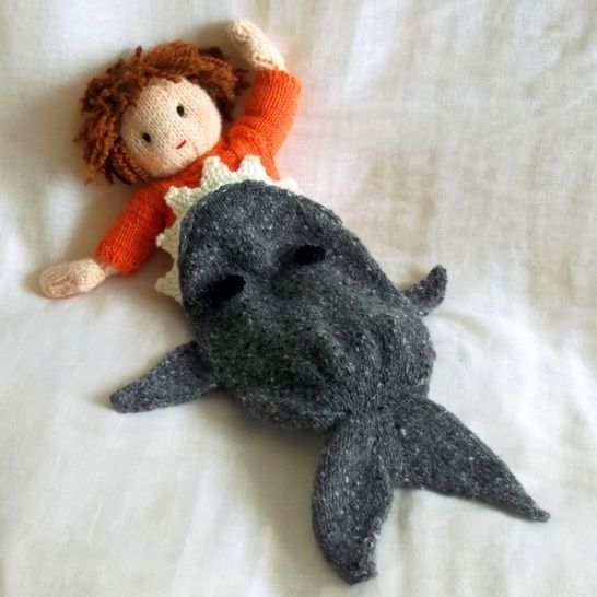 Shark Attack! dolls blanket knitting pattern at Makerist - Image 1