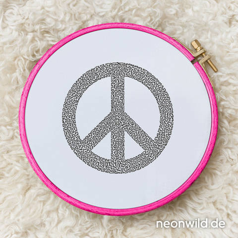 Stickdatei EEE - Peace 13x18 bei Makerist