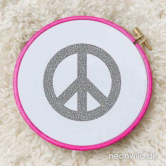 Stickdatei EEE - Peace 16x26 bei Makerist - Bild 1