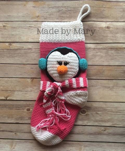 Penguin Christmas Stocking at Makerist