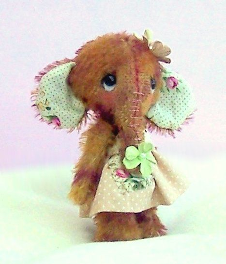 Magnolia elephant soft toy sewing pattern. pdf animal at Makerist - Image 1