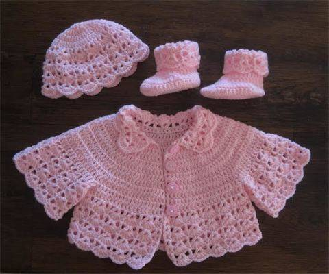 Habits layette poupons ou bébé 52 cm - Rose - crochet