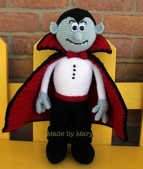 Vladimir the Vampire Amigurumi at Makerist